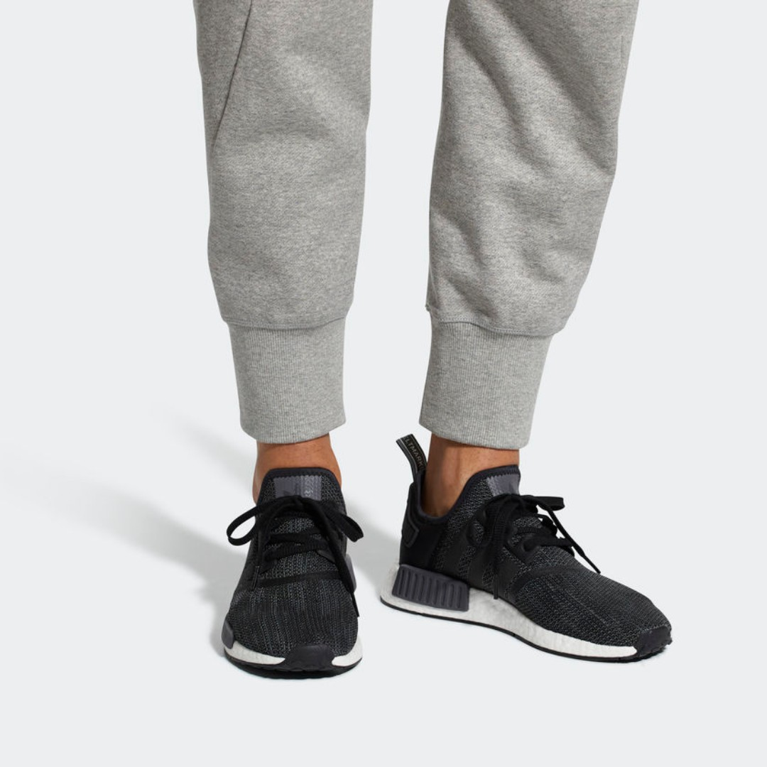 8252fba23 2018  Authentic  Adidas NMD R1 Core Black Carbon (B79758)