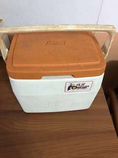 1981 Lil Oscar by Coleman lunch box