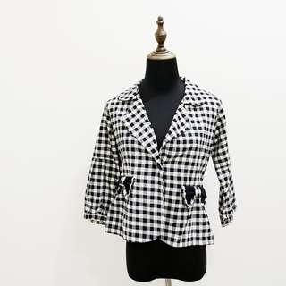 黑白格紋短版西裝外套 蝴蝶結口袋 格紋 黑白 西裝外套 短版