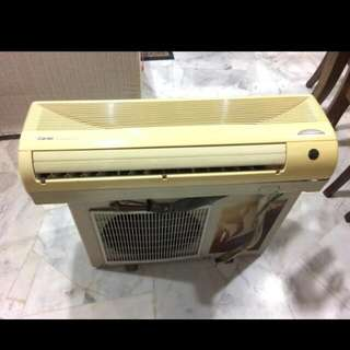 Aircond 1hp Carrier Indoor And Outdoor