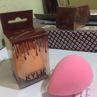 Make-up sponge/powder puff