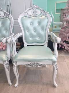 Princess throne chair / armchair