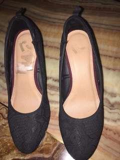 US Brand Heels