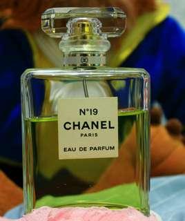 Chanel 香水 N°19