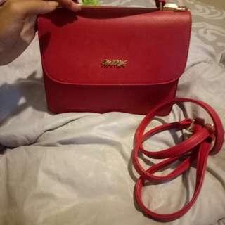 Tas Hana merah
