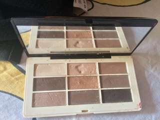 Preloved H&m eyeshadow palette