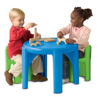 50% OFF! BNIB Little Tikes Bright n Bold Table and Chairs Set