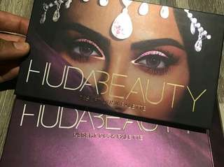 100%Original Huda Beauty Dusted Eyeshadow