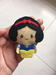 (Sold) Handmade felt snow white