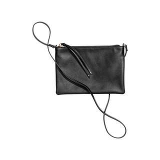 H&M BLACK SLINGBAG