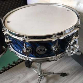 Dw Collector's Series 10 Ply With 6 Ply Reinforcement Maple 14 x 5.5 Snare Drum