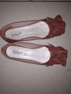 Flatshoes brown murah
