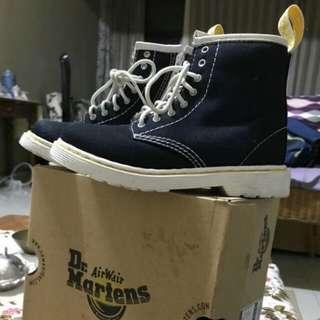 Dr Martens Original Shoes (Broklee) for kids