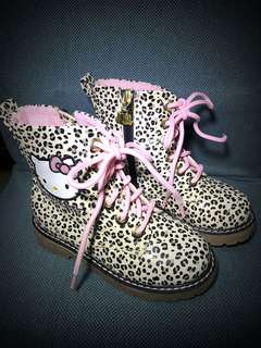 H&M Hello Kitty Girls Lace Up Boots