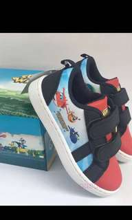 PO Super wings shoe brand new size 16.3-20.6cm