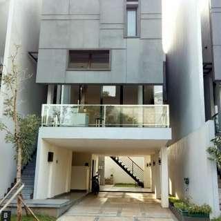 Dijual Rumah Modern Minimalis Konsep Villa