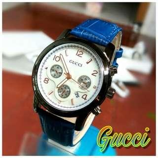 Jam Tangan Gucci Semi - Bahan Kulit