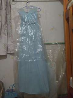 粉藍色伴娘裙