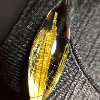 🚚 鈦晶馬眼吊墜,適合鑲嵌吊墜,顏色金黃效應極強,招財聚福,規格: 優惠價:46x15x12毫米,重:10.4克