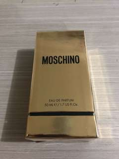 Parfum Moschino Gold