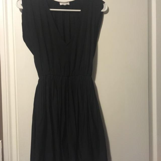 Aritzia - Wilfred Almeida Dress