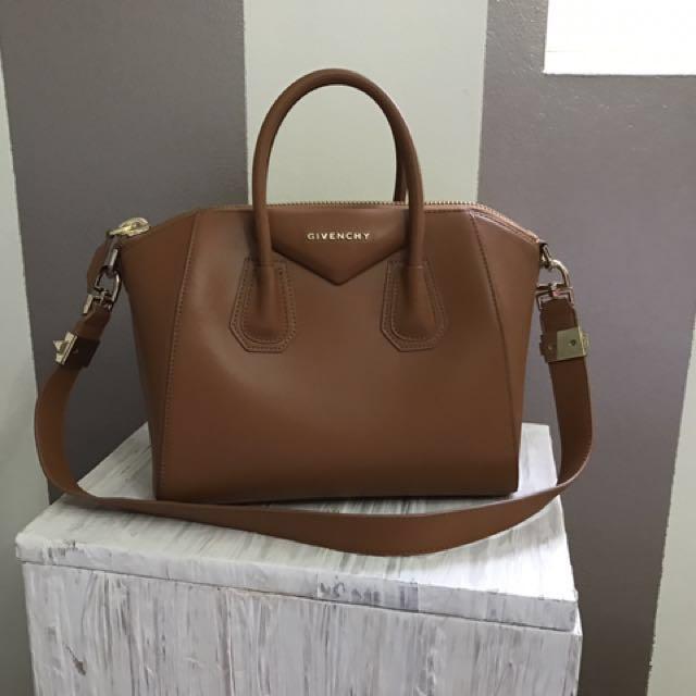 AUTHENTIC Givenchy Antigona Bag (Small)