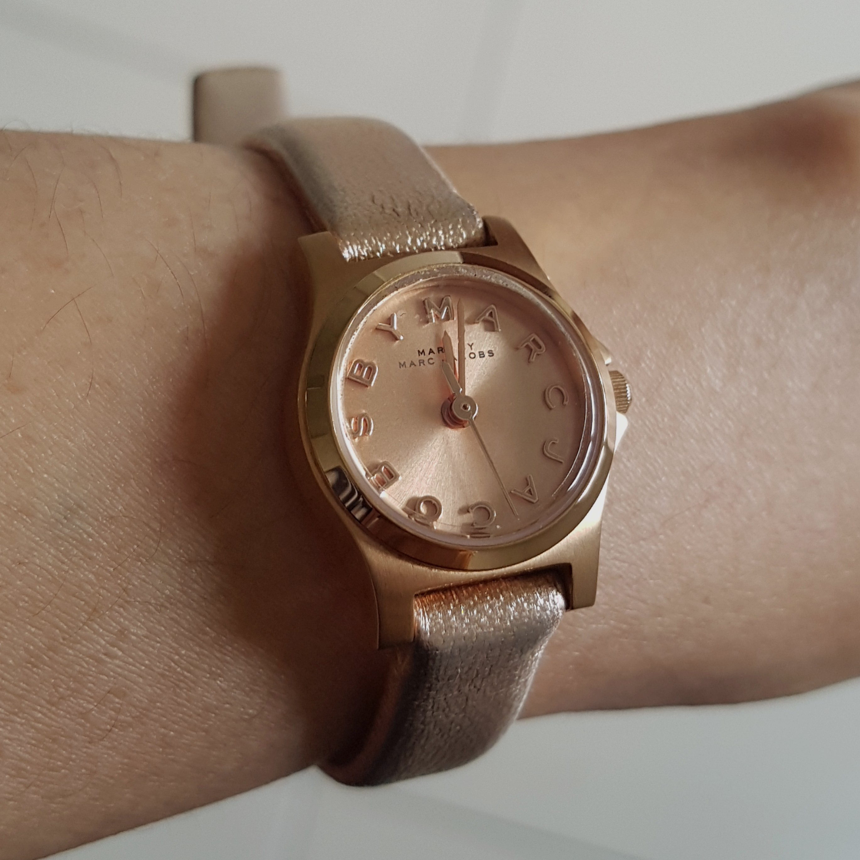 Authentic Marc Jacobs Henry Dinky Mbm 1298 Rose Gold Watch Womens Fossil Es3862 Original Fashion Watches On Carousell