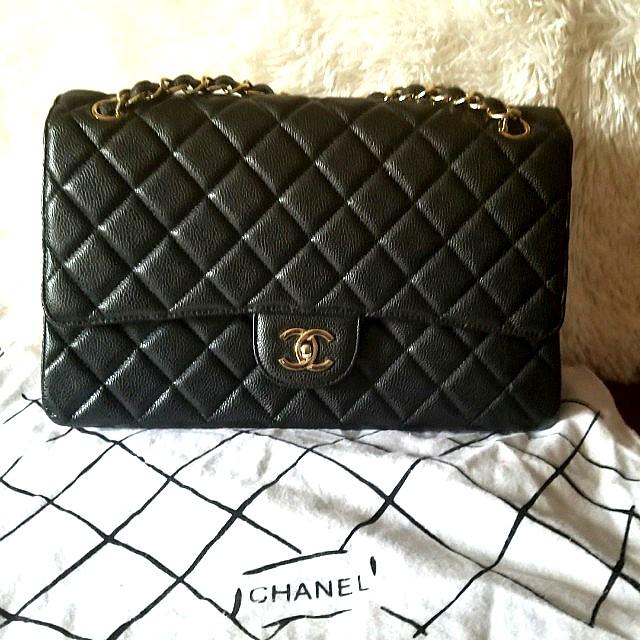 Chanel Double Flap Caviar Jumbo Bag in Gold Hardware