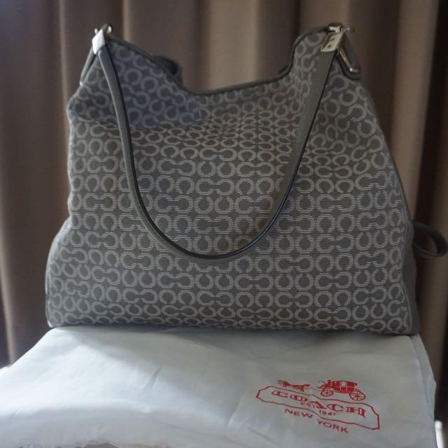 ffa44f6093d6 Coach Bag Original, Luxury, Bags & Wallets on Carousell