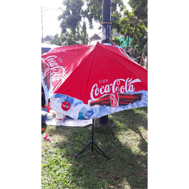 Coca Cola Umbrella With Stand Antiques Vintage Collectibles On