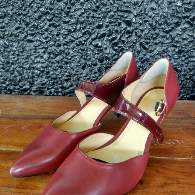 2c46405b4c0 Lily heels hush puppies