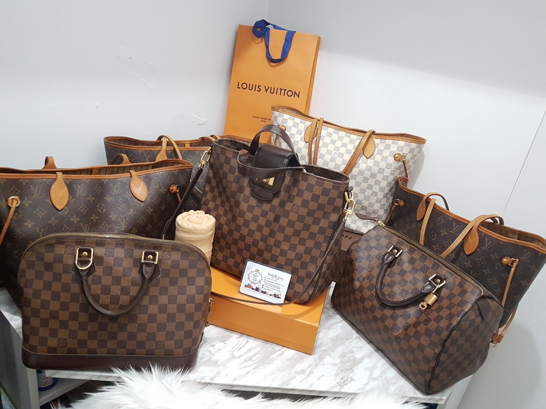 Louis Vuitton Purses