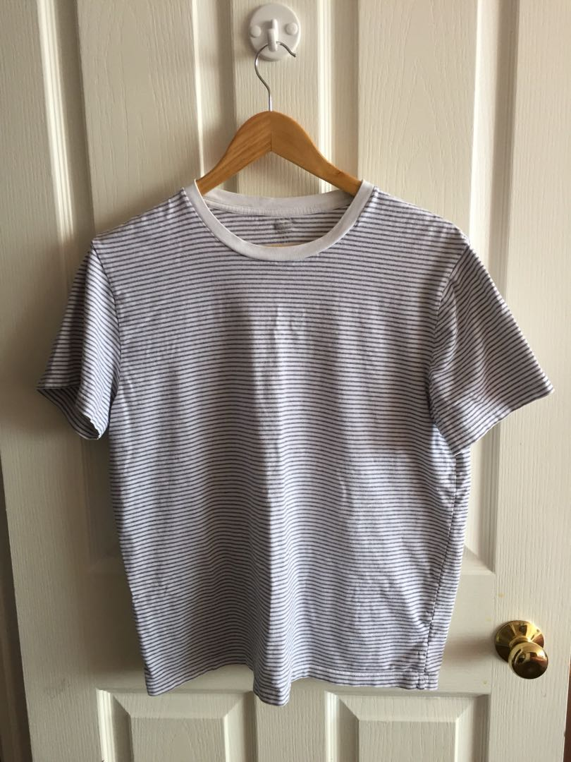 Old navy women's stripped t shirt