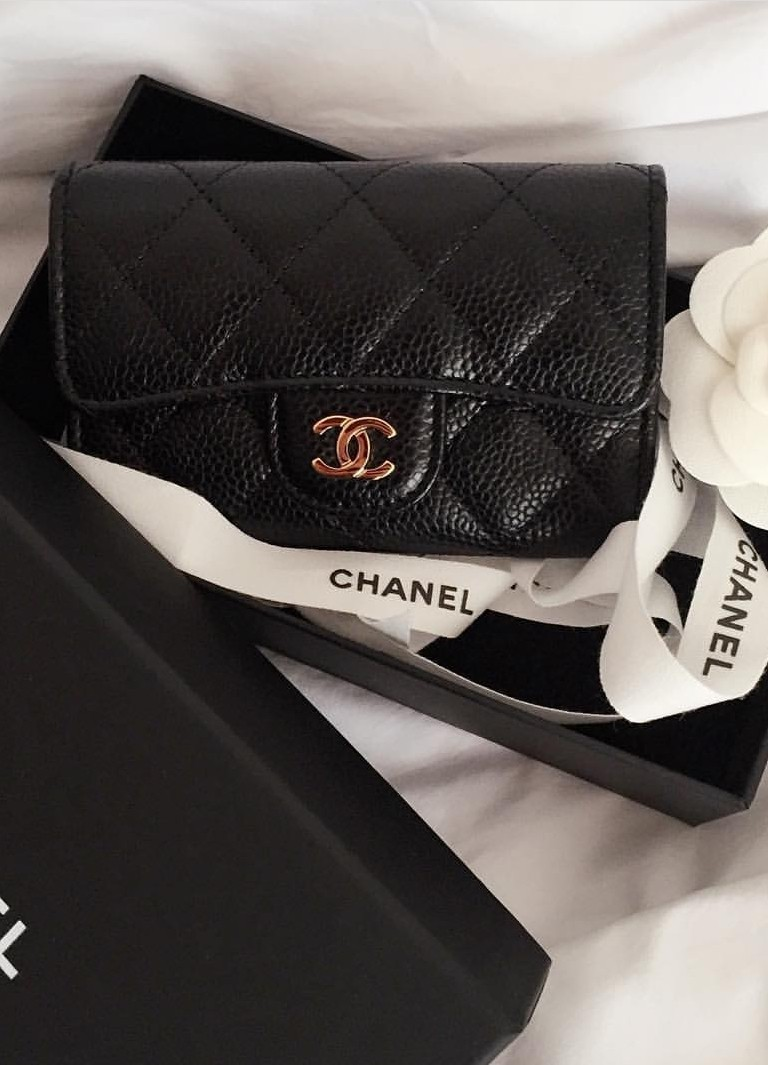10875a508e3374 Pre-loved Chanel Card Holder (Caviar Grained Calfskin Leather ...