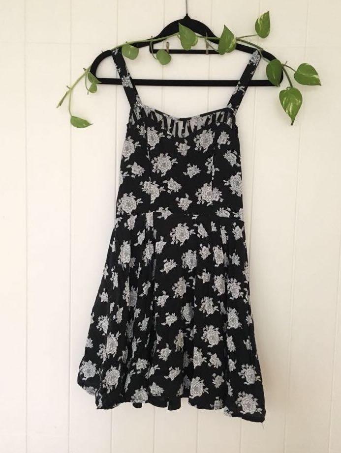 🥀Rose Tattoo Black Dress