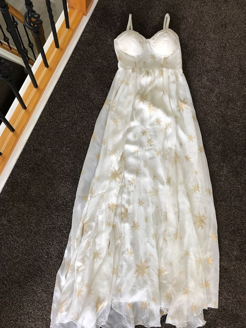 Size 8 maxi beautiful dress