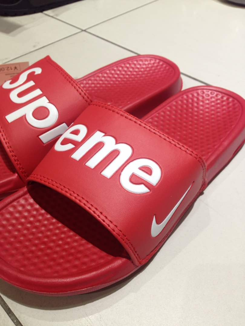 info for 10d7e f5e89 Supreme Nike Slipper