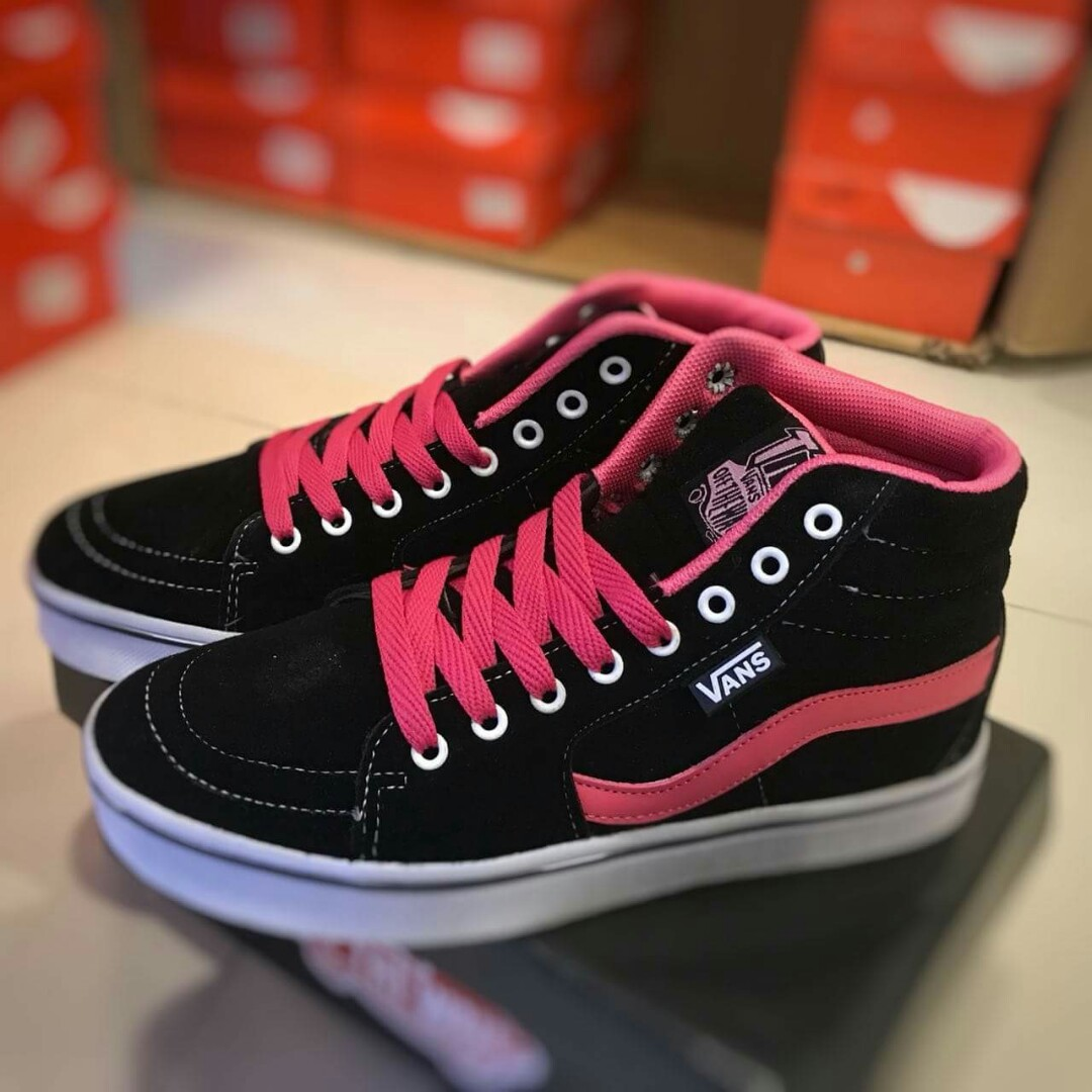 21f9e0f695 Vans Old Skool 2.0 Mid Cut Color  Black Pink Gred  3A Price   RM75 ...