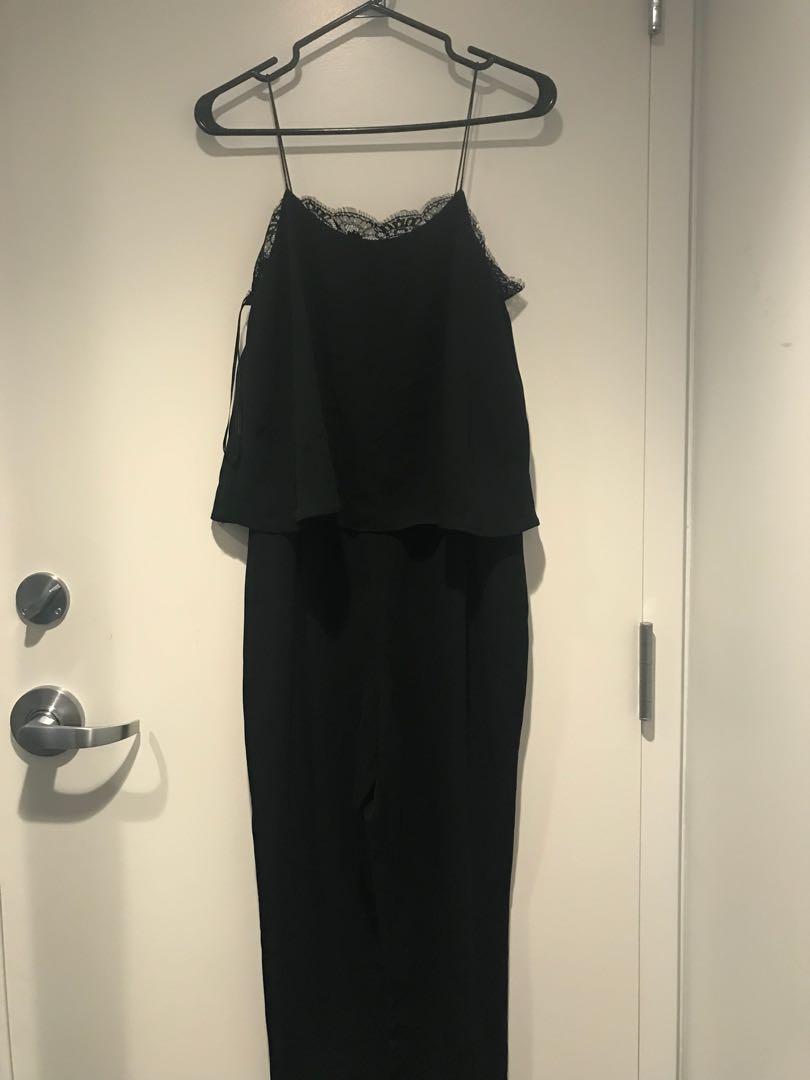 Zara jumpsuit sz S