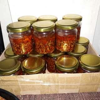 Dhadies chili garlic with oil