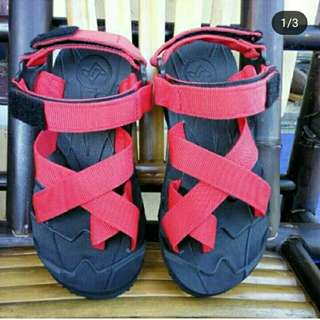Sandal Gunung Suzuran Cross Thumb Mr1 Black w Red
