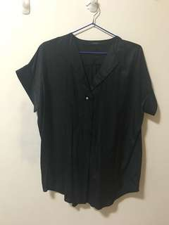🚚 JEANASIS 黑色短袖襯衫 Black Button Up Oversized Shirt Blouse