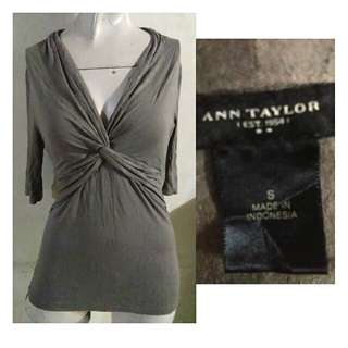SALE preloved classy Ann Taylor grayish brown twisted top