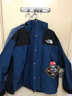 THE NORTH FACE 1990 Mountain Jacket GTX Blue supreme tnf
