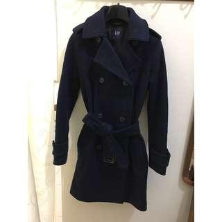 Gap 64%羊毛深藍大衣