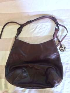 Rush sale! Authentic DKNY leather bag
