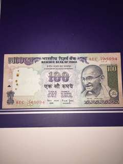 India 100 Rupee Year 2014 , Circulated , Stapler Holes @ side