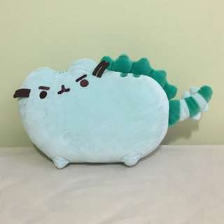 Dinosaur Pusheen plush
