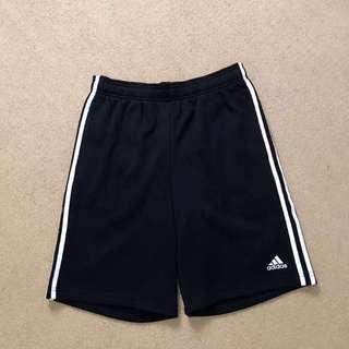 🚚 Adidas 三線運動短褲