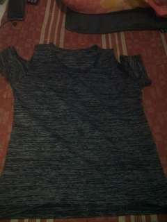 Baju pundak bolong